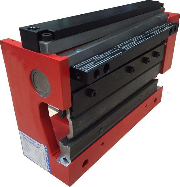 Blechbearbeitungsmaschine Profiform P200